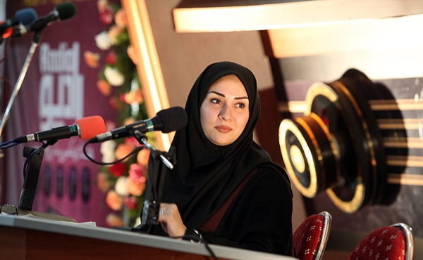 گفتگو با فاطمه آل عباس گوینده رادیو