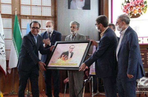 مراسم رونمایی از سه گانه رادیو فرهنگ و تقدیر از اسماعیل آذر برگزار شد